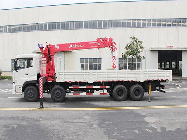 东风天龙10吨随车吊